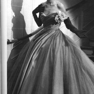 Dior: 1950年代的晚礼服