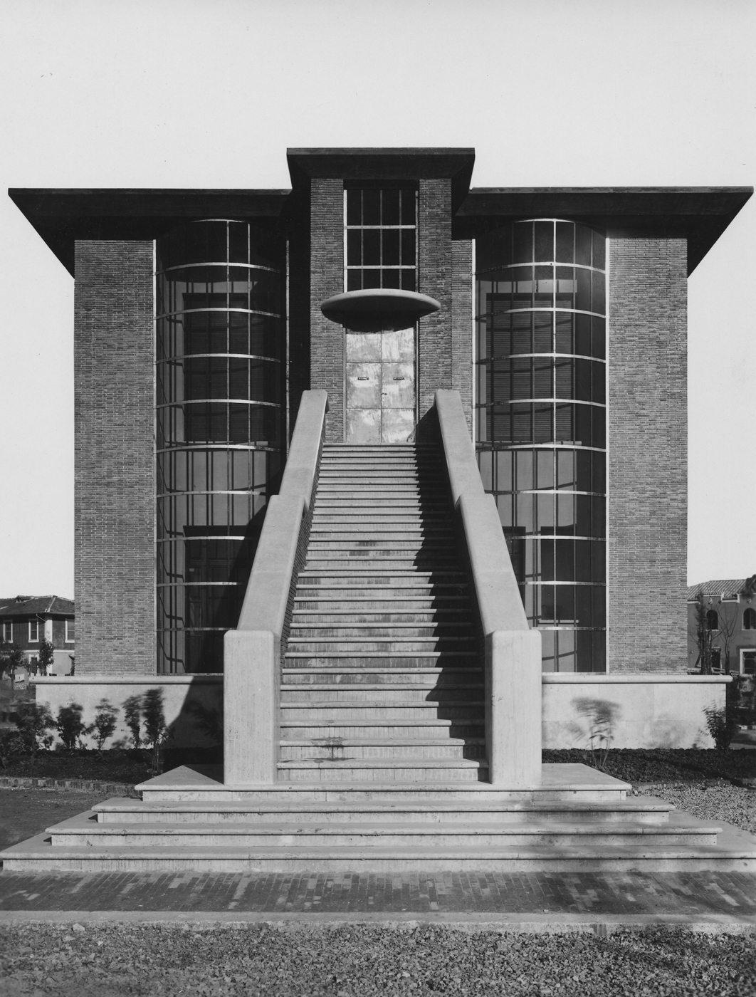 Casa depero la citt utopica mam e for Architetto latina
