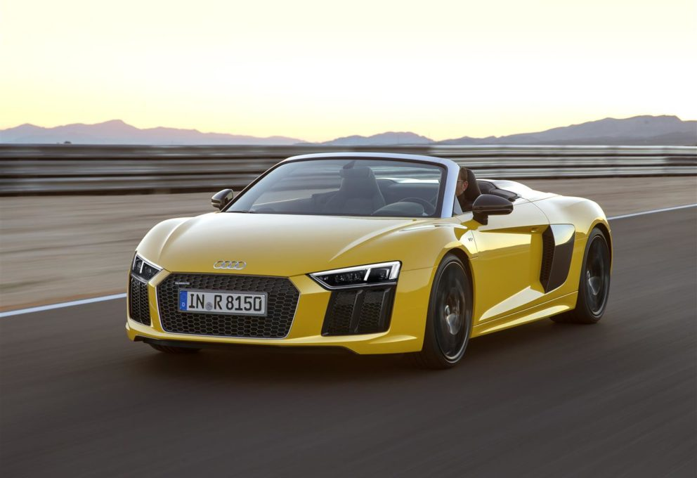 Guida open air con l'Audi R8 Spyder V10