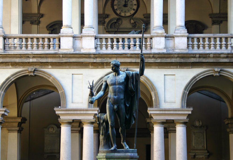 LA DESIGN WEEK 2017 TINGE MILANO DI BIANCO