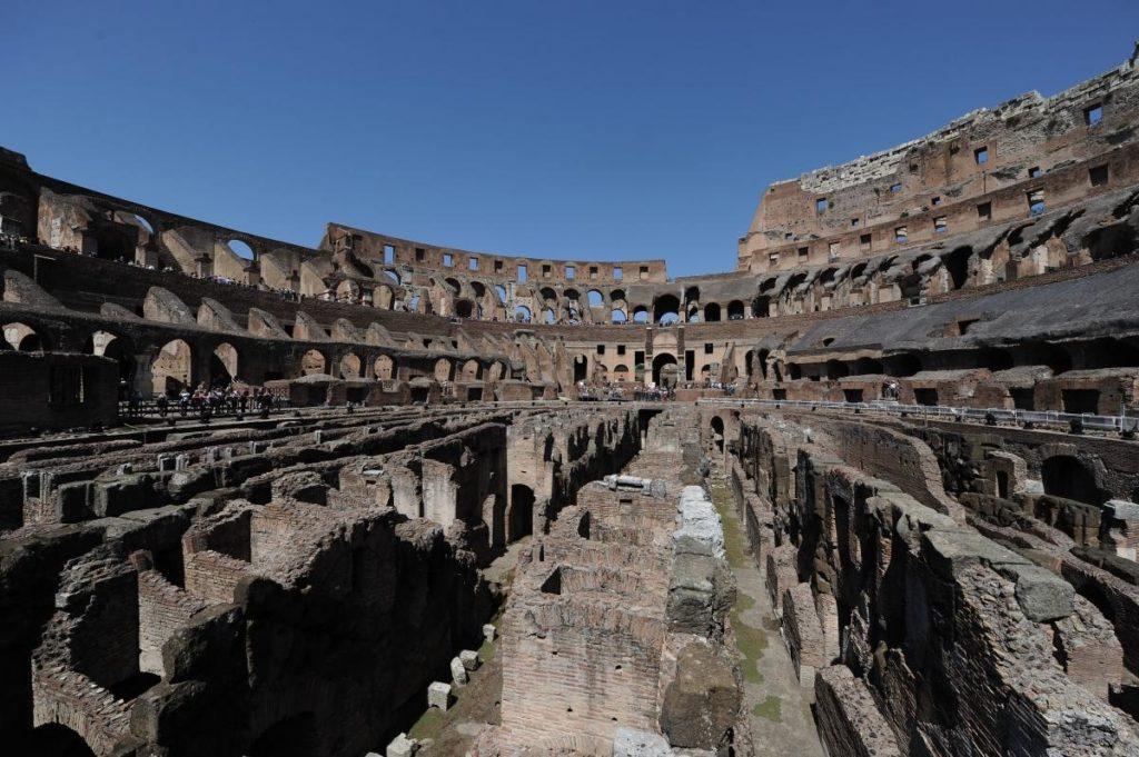 Arte: Tod's ed il restauro del Colosseo. L'interno.