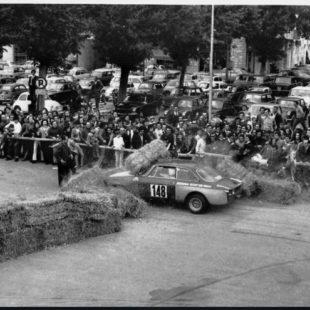lifestyle motori silver flag castell'arquato vernasca per auto storiche.incidente