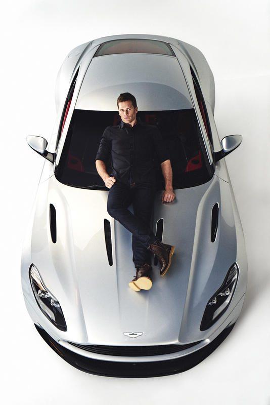 Motori: Aston Martin e Tom Brady, firmato un accordo pluriennale