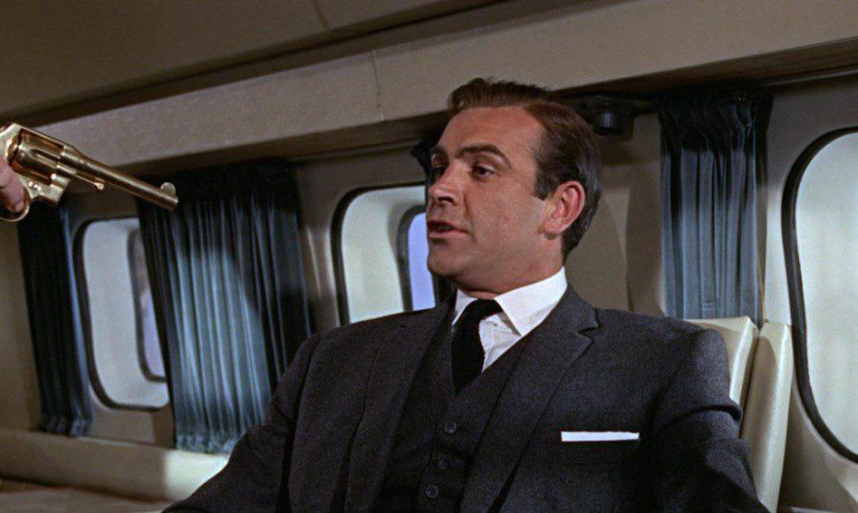 cinema: agente 007 missione goldfinger questa sera in tv