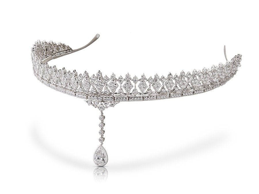 """Lifestyle: Buccellati, la nuova collezione haute couture. La tiara """"Carlotta""""."""