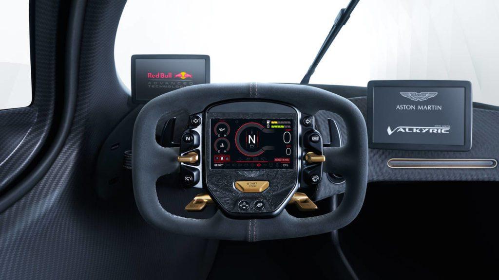 Motori: Aston Martin Valkyrie, la F1 da strada. L'interno dell'auto