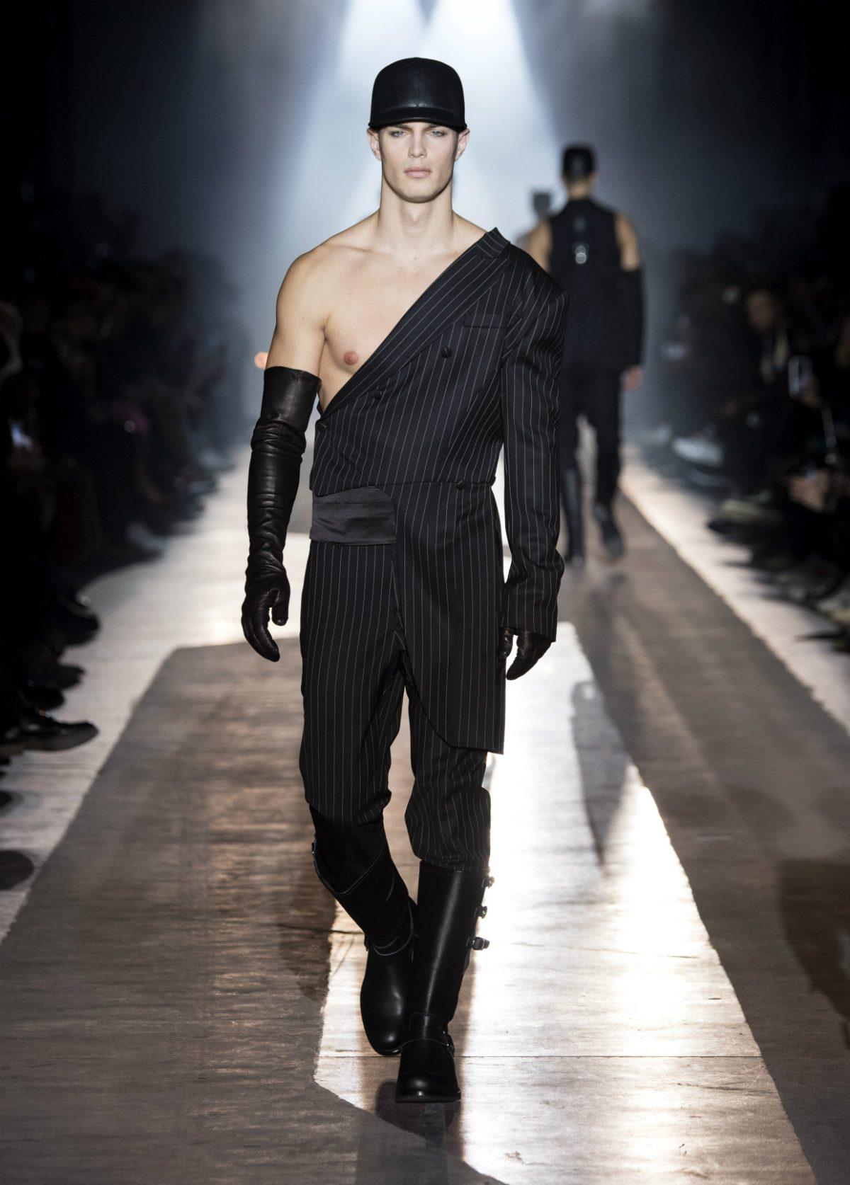 Moda milano 2018 uomo cryptorich for Mode milano
