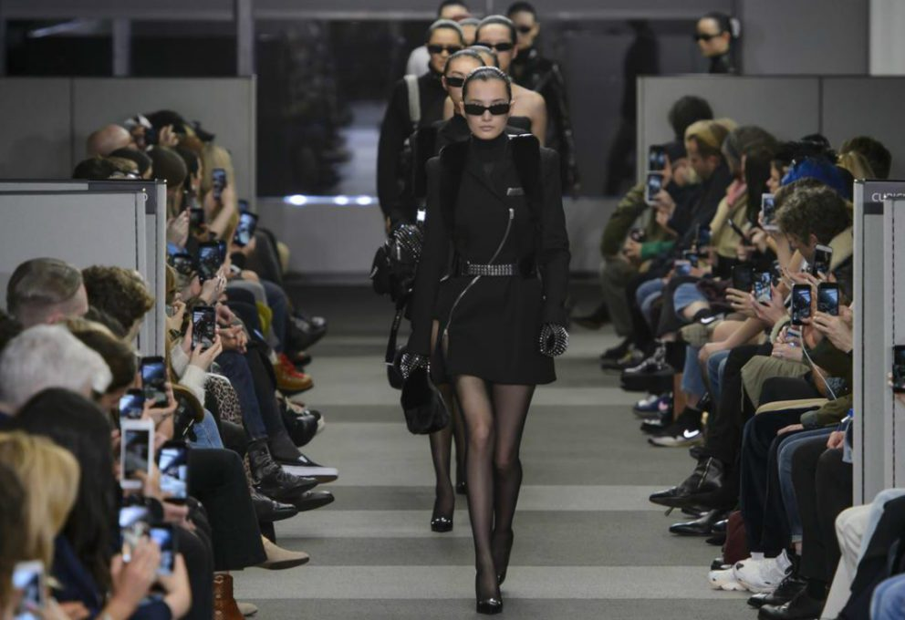 ALEXANDER WANG: LA COLLEZIONE CHE SALUTA LA NEW YORK FASHION WEEK