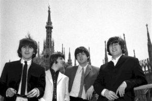 mam-e lifestyle 24 GIUGNO 1965 I BEATLES PER LA PRIMA VOLTA IN ITALIA duomo