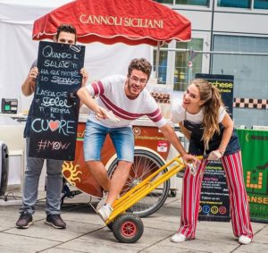 mame food MARCHESE ON WHEELS - CANNOLI SU QUATTRO RUOTE gang