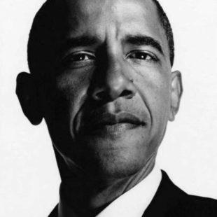 Mame Moda Albert Watson firma Calendario Pirelli 2019. Barack Obama