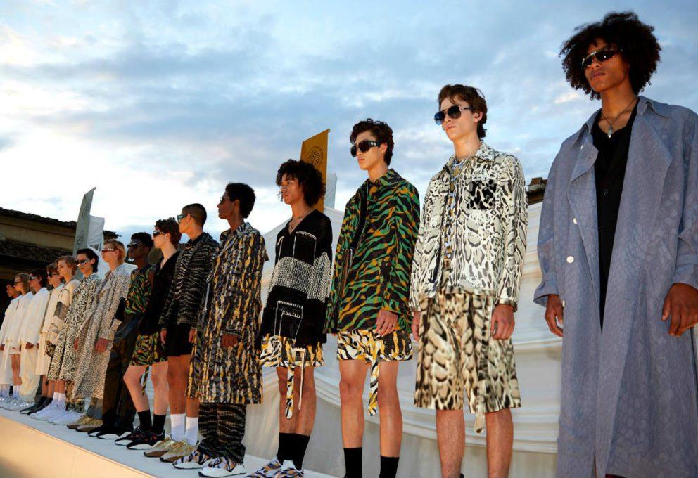 Mame Moda La moda uomo traina il mercato italiano. Roberto Cavalli