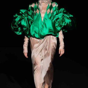 Mame Moda Sylvio Giardina, lezione di alta moda ad AltaRoma. Abito top intagliato