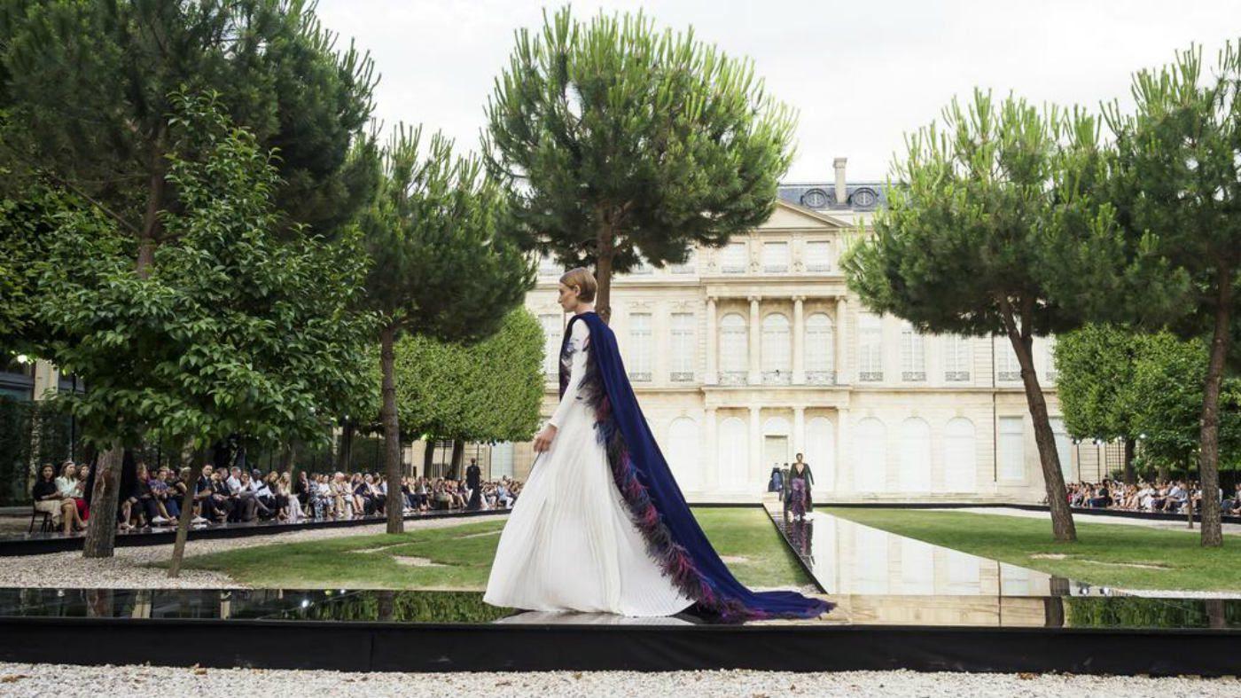 Mame Moda Givenchy Haute Couture autunno 2018. Copertina