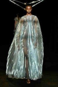 Mame Moda Iris van Herpen collezione bio-tecnologica. Abito tunica