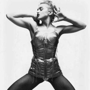 Mame Moda Happy Birthday Madonna, regina indiscussa di stile. Bustier Jean Paul Gaultier