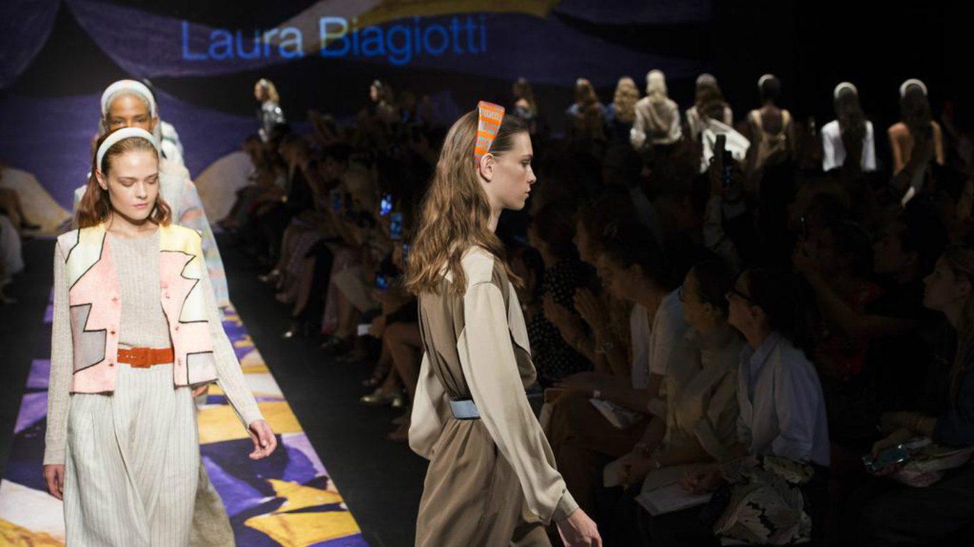 Mame Moda Laura Biagiotti SS19 nel nome di Giacomo Balla. Look Laura Biagiotti SS19