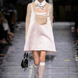 Mame Moda Prada, Miuccia riparte dall'arte. abito Sixties