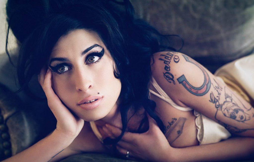 Amy Winehouse in tour con un suo ologramma