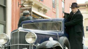 mame cinema NEMICO PUBBLICO (2009) - STASERA IN TV scena