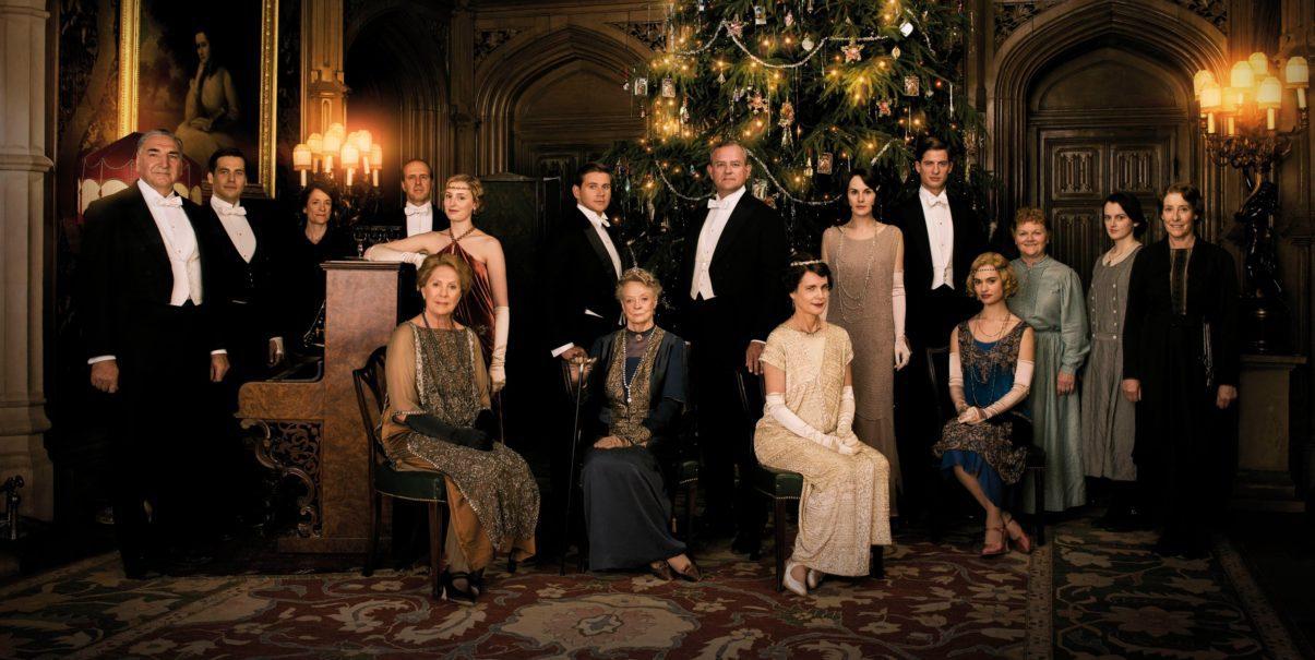 Downton Abbey - La serie tv diventa un film. Nella foto, il cast.