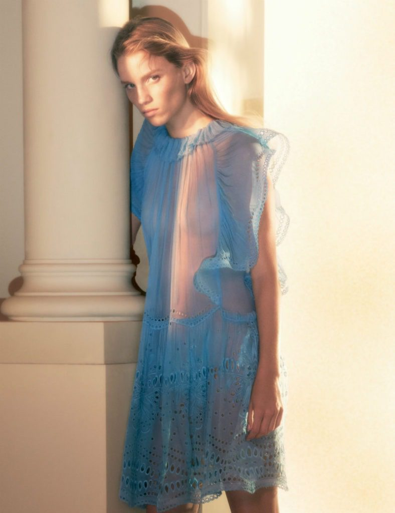Alberta Ferretti ADV SS19, essenza romantica. Mini dress