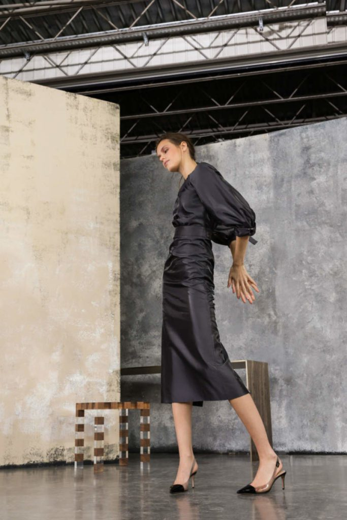 Giorgio Armani Pre-Fall 2019, ritornano i Nineties. Dress Seta