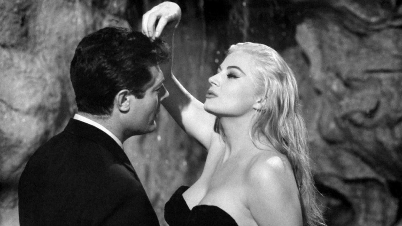 Moschino e Fellini, la strana coppia a Roma. Anita e Marcello