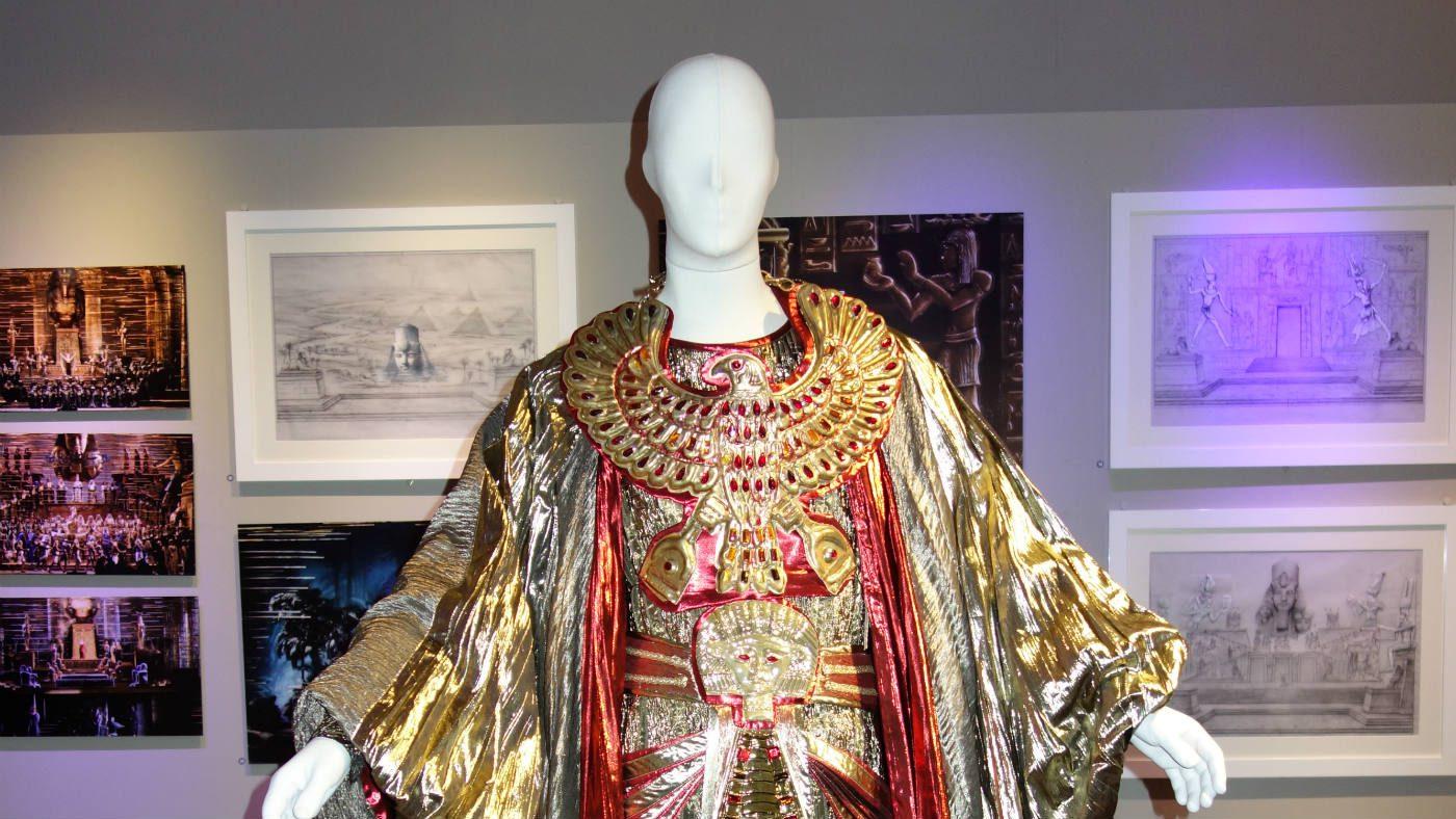 Museo Zeffirelli - otto nuovi costumi di scena. Costume Faraone