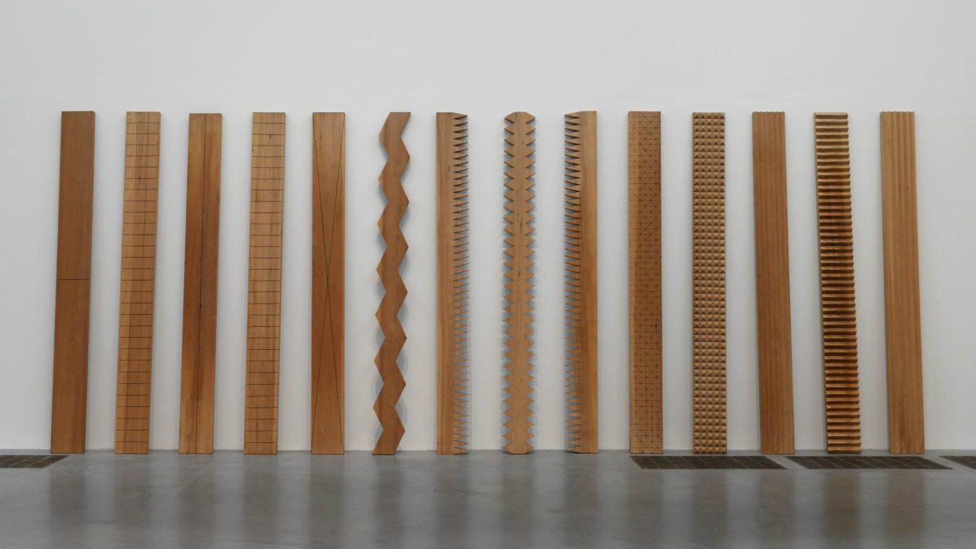 Un'opera di Susumu Koshimizu, artista Mono-Ha