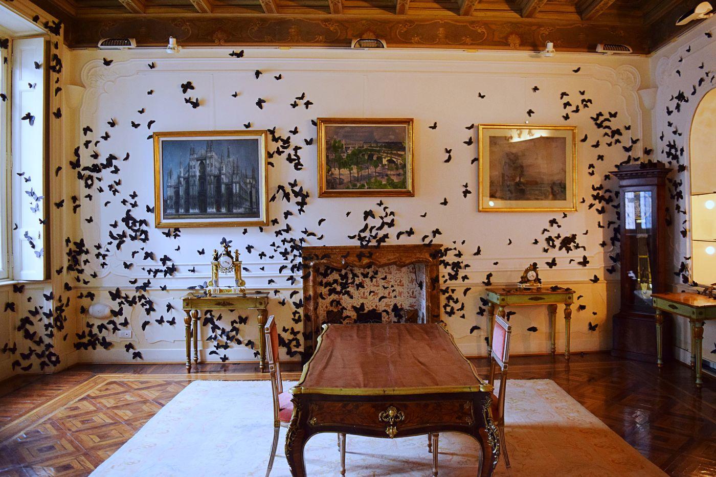 arte: effetto farfalla: fondazione pini e amorales. fondazione pini carlos amorales