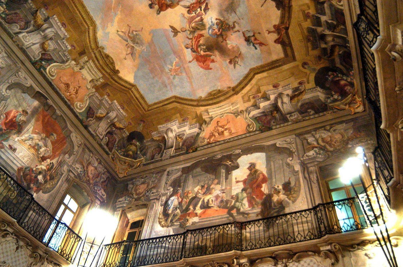 arte: hypervisuality video tra gli affreschi a milano. hypervisuality milano
