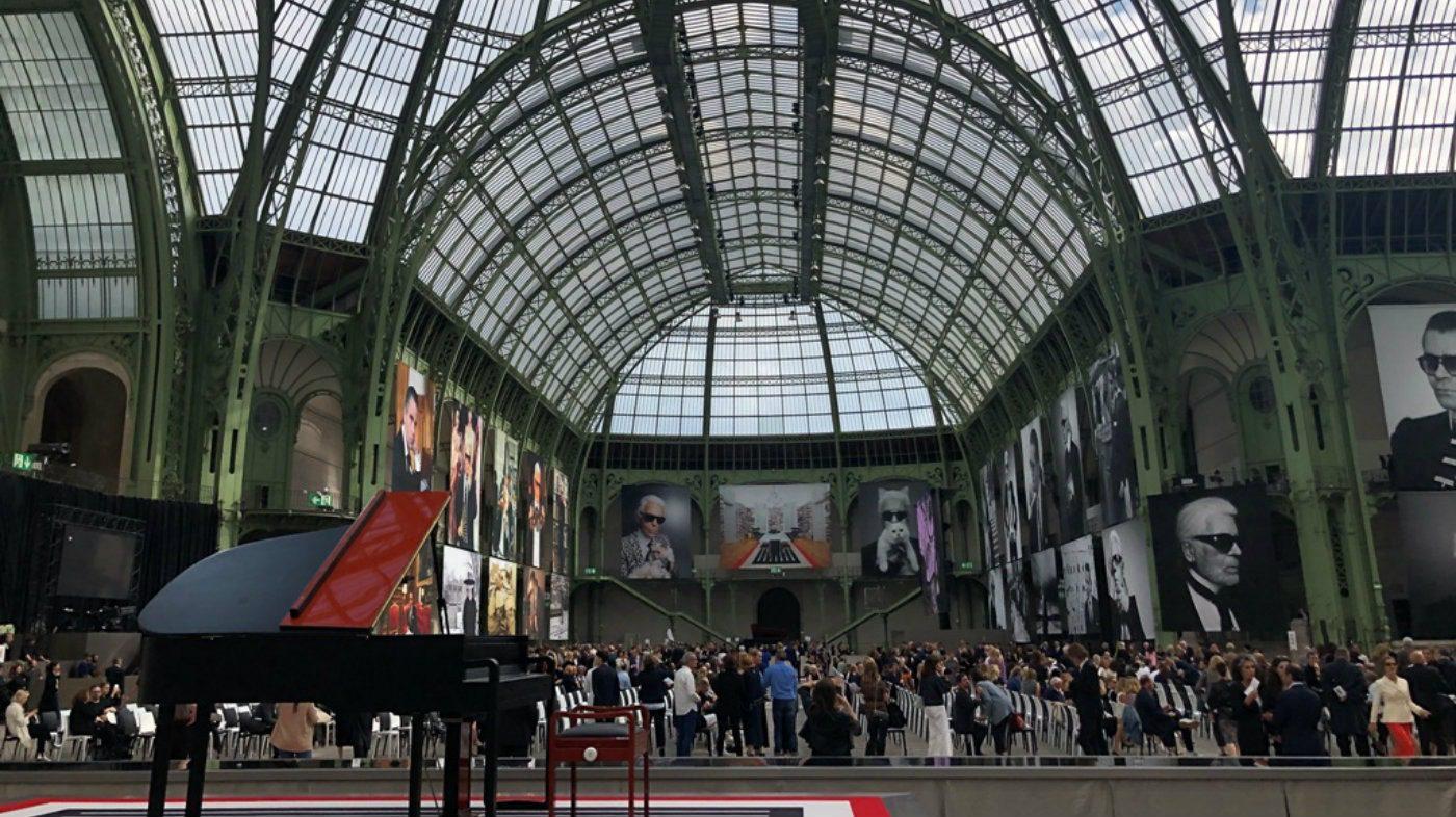Il Memorial di Karl Lagerfeld al Grand Palais di Parigi