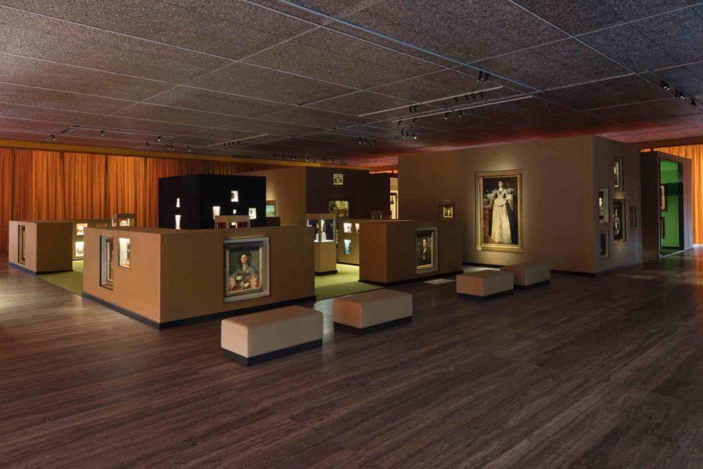 Mame arte STRAORDINARIA WUNDERKAMMER ALLA FONDAZIONE PRADA'Il sarcofago di Spitzmaus e altri tesori11