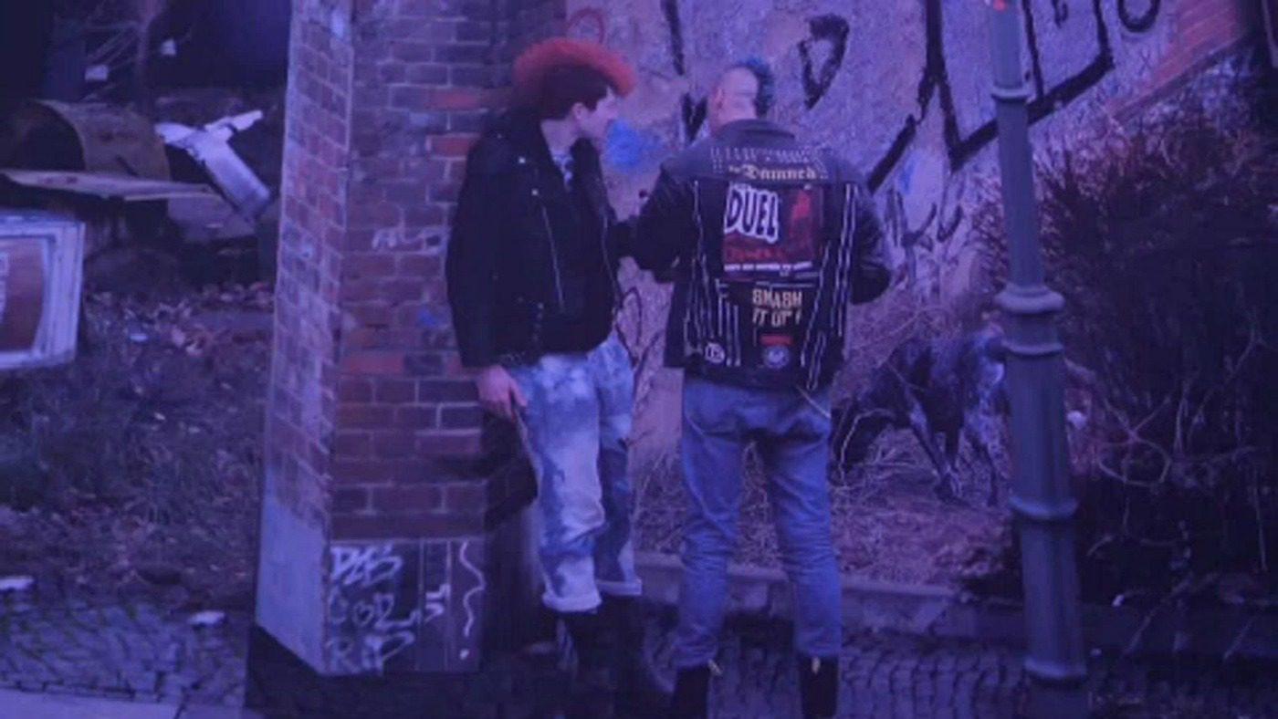 Moda anni Ottanta, moda durante la caduta del Muro di Berlino