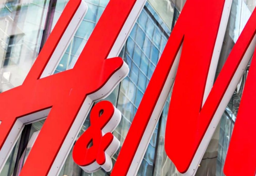 LA CRISI H&M: -50% DI RICAVI IN TRE MESI