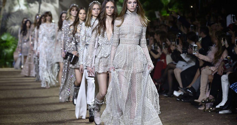Alta moda Parigi 2020: aprono le danze Schiaparelli e Iris Van Herpen in digitale