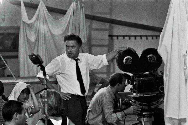 Fellini sul set di 8 ½, Gideon Bachmann, 1963 | © Cinemazero Images – Pordenone