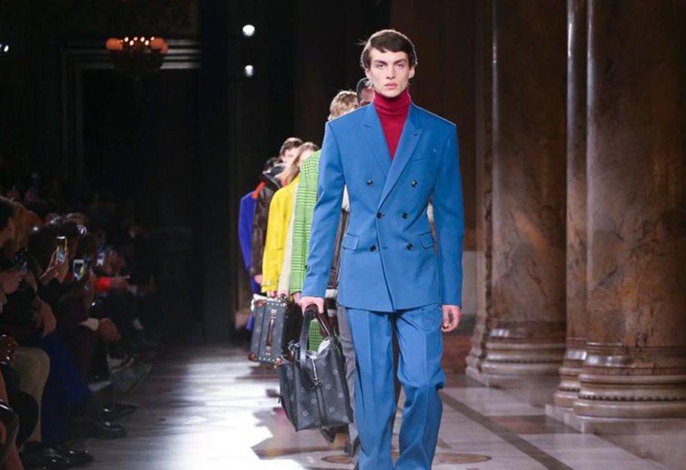 Il Berluti di Kris Van Assche sguazza nei colori di Brian Rochefort per l'uomo 2021