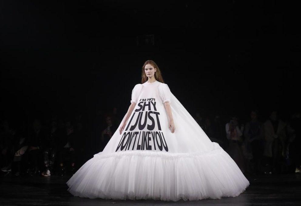 L'Alta Moda a Parigi regala gli ultimi video con Elie Saab e Viktor & Rolf