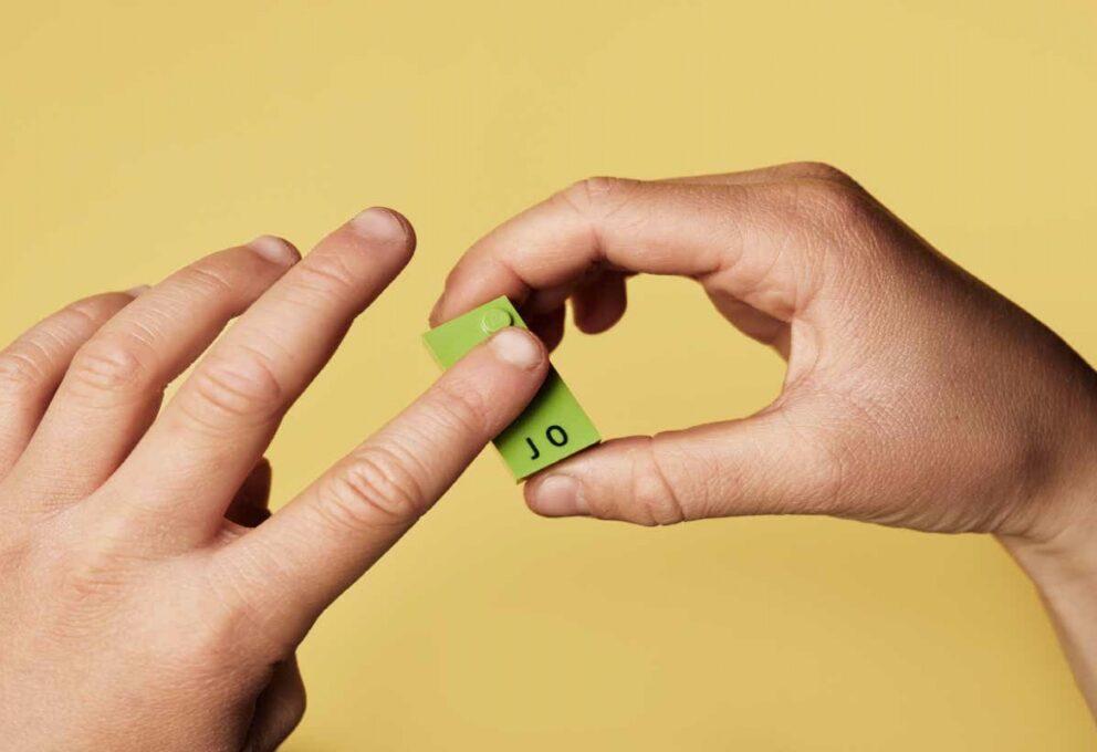 LEGO Braille design, un aiuto per i bambini con disabilità visive