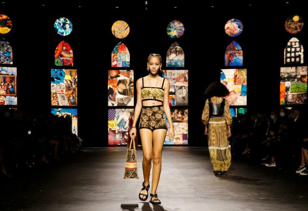 Paris Fashion Week, prima giornata sottotono