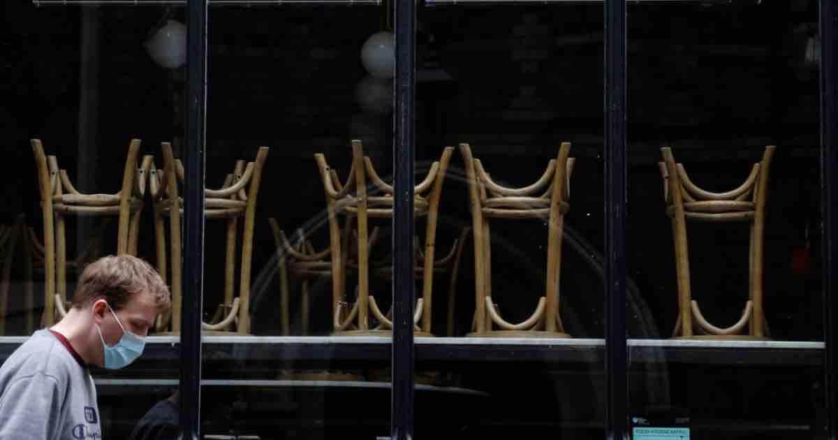 La lunga notte della ristorazione in crisi; la reazione degli addetti ai lavori