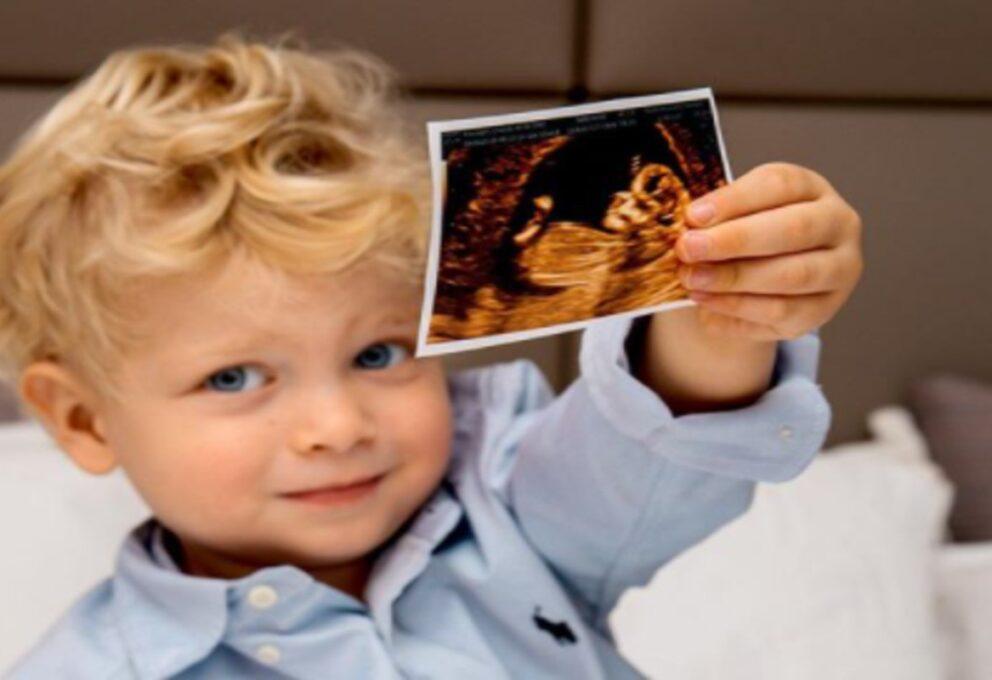 Chiara Ferragni incinta per la seconda volta: una bambina in arrivo