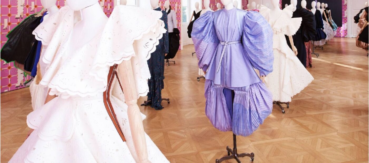 PFW. Loewe: con Art-on-the-Wall presenta la nuova collezione