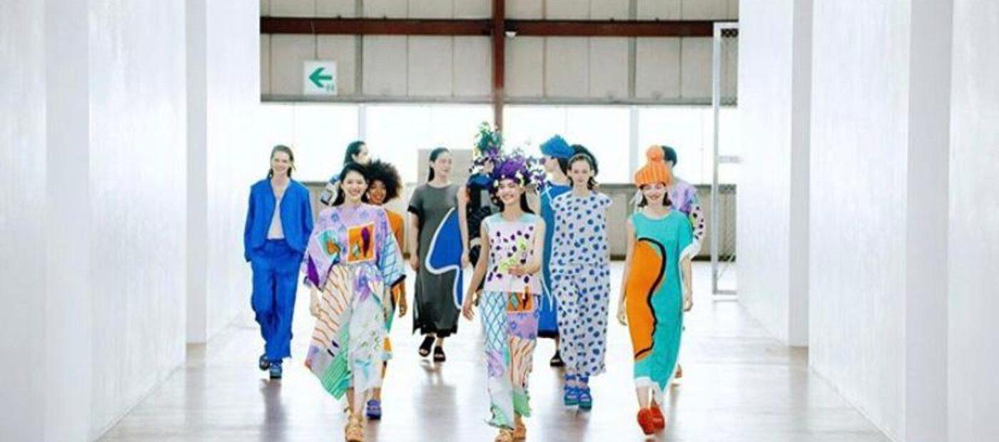 "Issey Miyake: ""Unpack the Compact"" alla Paris Fashion Week"