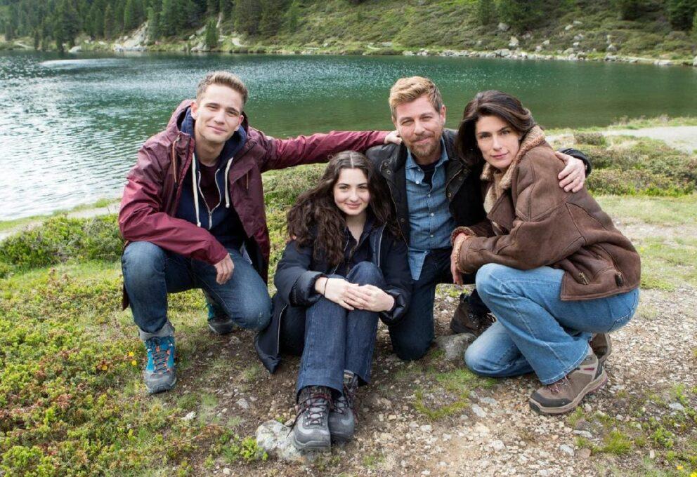 Vite in fuga: un family thriller italiano, oggi su Rai 1, domenica 22 novembre