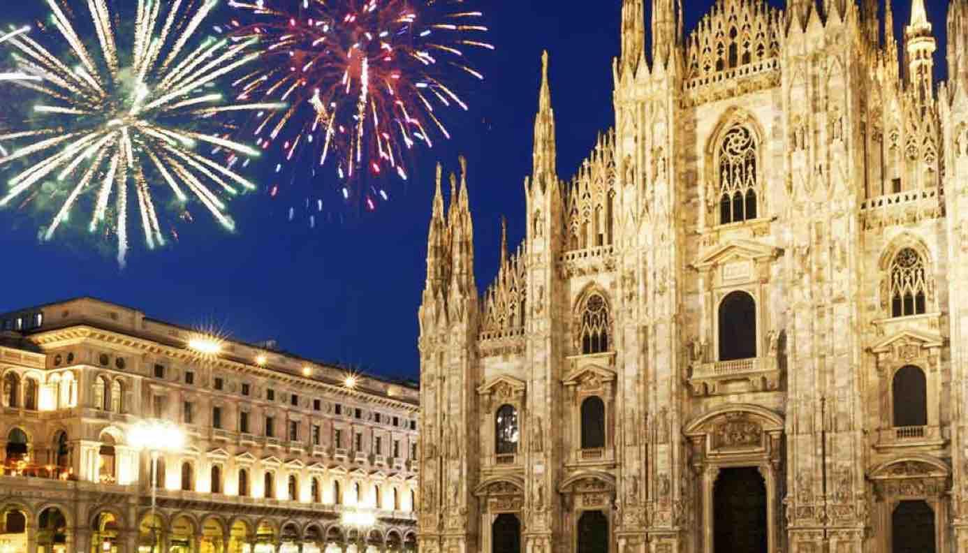 Capodanno 2021. A Milano la mezzanotte si accende con i nostri pensieri