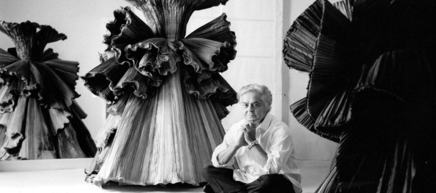Roberto Capucci: compie 90 anni lo scultore della seta
