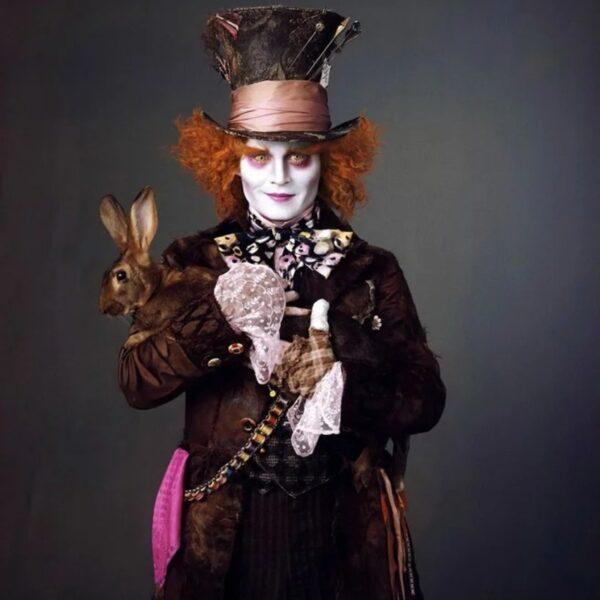 Alice in Wonderland - nel cast Johnny Depp nel ruolo del Cappellaio Matto